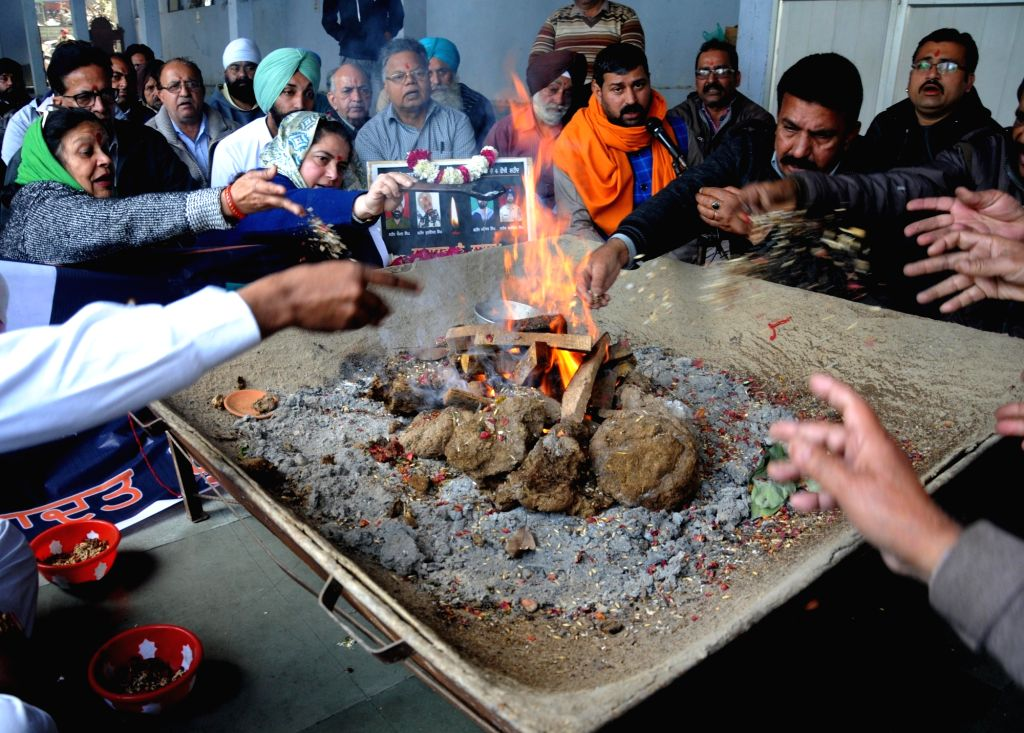 Congress workers perform rituals to pay tribute to 49 CRPF men killed in Jammu and Kashmir's Pulwama district militant attack on 14th Feb 2019; in Amritsar, on Feb 19, 2019.