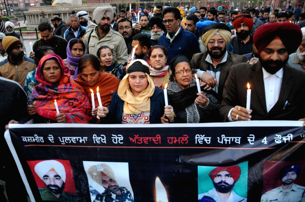 Congress workers stage a protest against suicide attack on a CRPF bus in Jammu and Kashmir's Pulwama district in which 45 soldiers lost their lives; in Amritsar on Feb 15, 2019.