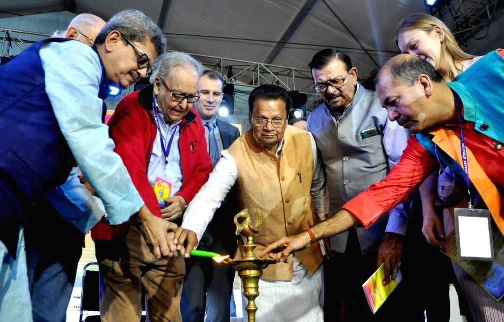 Consul General of the Russian Federation in Kolkata, Alexey M Idamkin; Publishers & Booksellers Guild Honorary General Secretary Sudhangshu Sekhar Dey, President Tridib Chatterjee, actor ... - Soumitra Chatterjee and Tridib Chatterjee