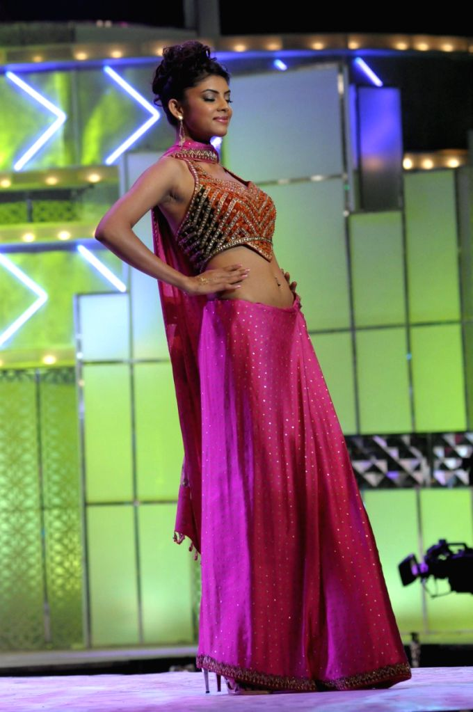 Contestant at the stage at Pantaloons Femina Miss India '09 pageant on April 5th, 2009 in Mumbai.