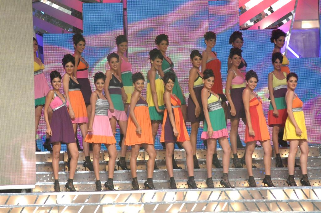 Contestants at the stage at Pantaloons Femina Miss India '09 pageant on April 5th, 2009 in Mumbai.