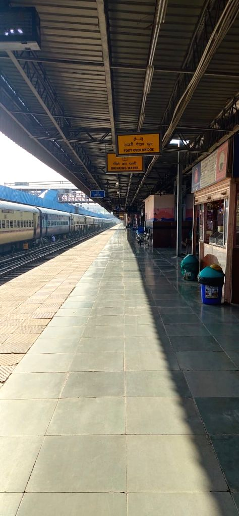 Corona: All passenger, express trains cancelled till March 31: Railways.