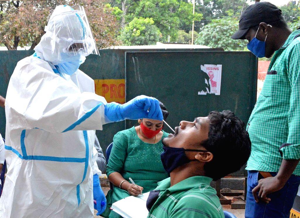 Covid cases cross 8-lakh mark in Karnataka, 10k recover