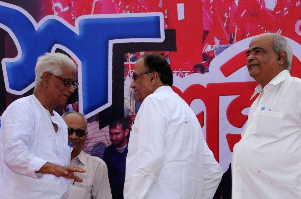 CPI general secretary S Sudhakar Reddy with West Bengal CPI secretary Prabodh Panda and party leader Manju Kumar Majumder during party's foundation day programme in Kolkata, on Dec 6, 2015. - S Sudhakar Reddy and Manju Kumar Majumder