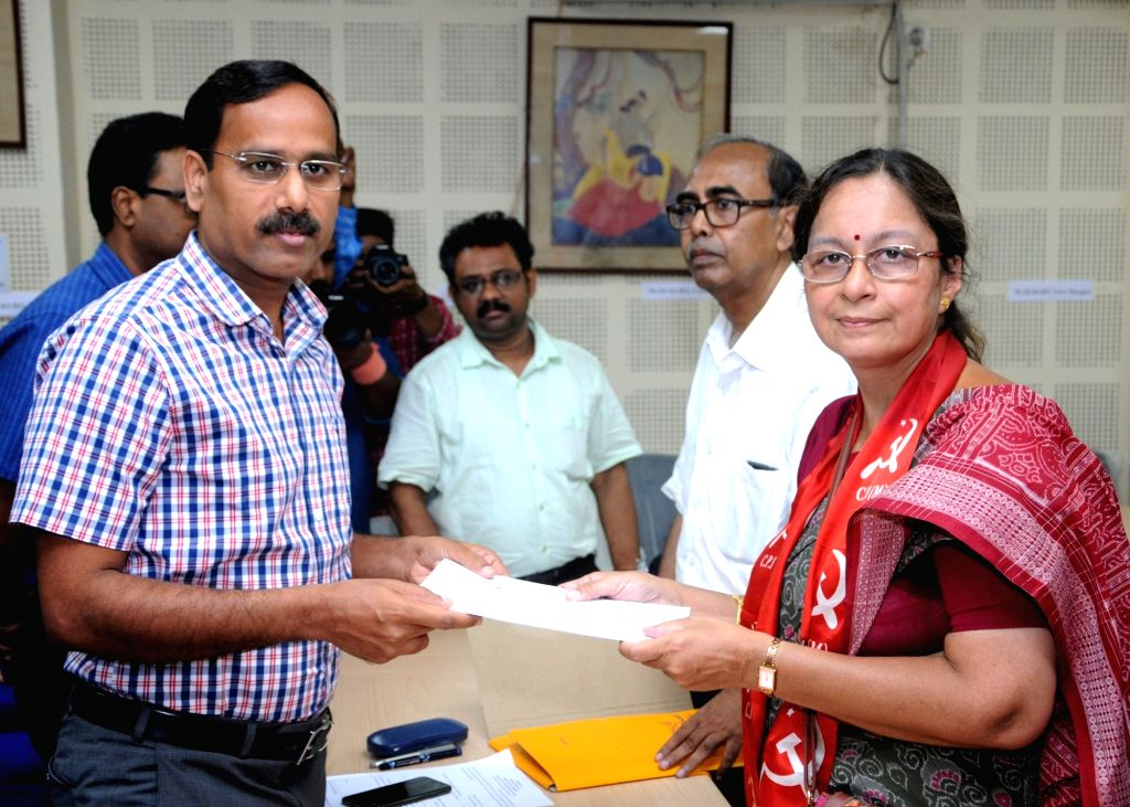 CPI-M's Lok Sabha candidate from South Kolkata, Nandini Mukherjee files her nomination for the forthcoming Lok Sabha elections, in Kolkata on April 25, 2019. - Nandini Mukherjee