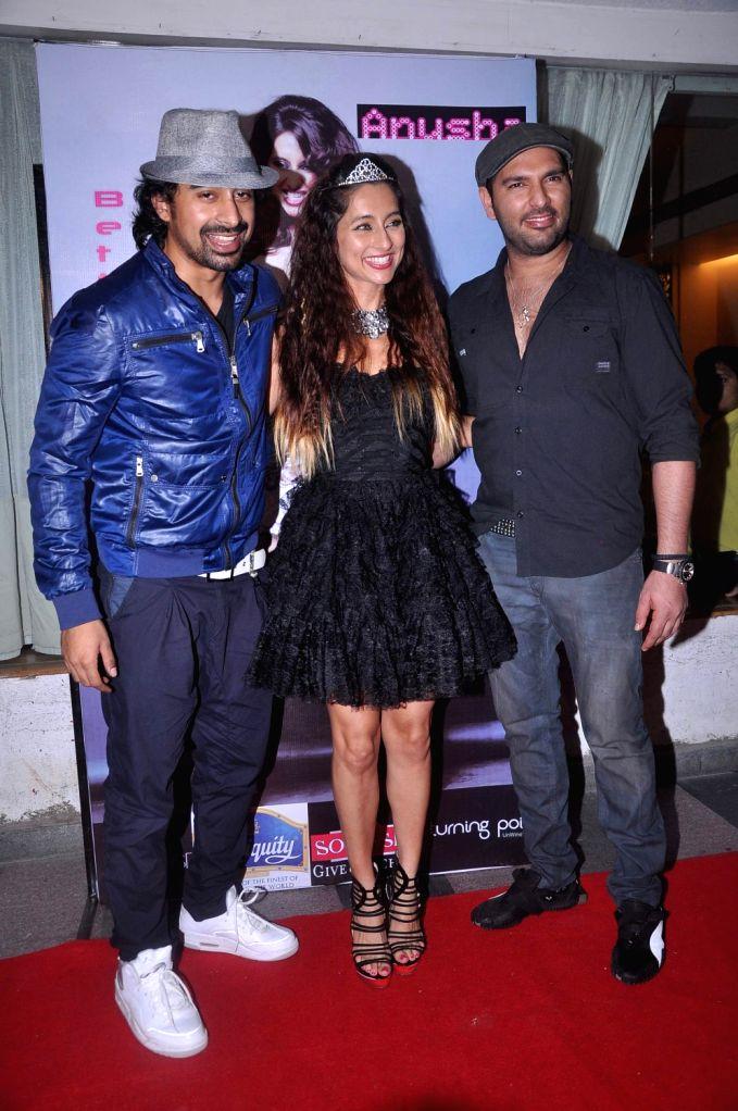 Cricketer Yuvraj Singh and actor Ranvijay Singh during Anusha Dandekar`s  album launch `Better Then Your EX` in Tryst, Mumbai. - Ranvijay Singh and Yuvraj Singh