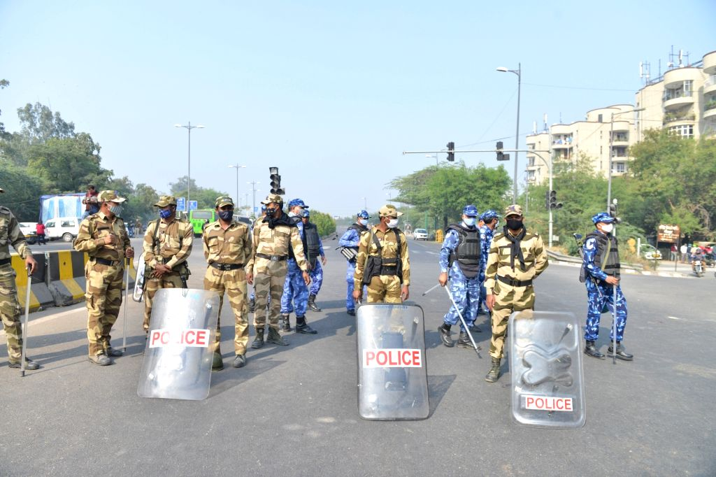CRPF and RAF personnel deployed at the Noida-Delhi border during farmers' protest against the Central Government's new Farm Laws, on Dec 2, 2020.