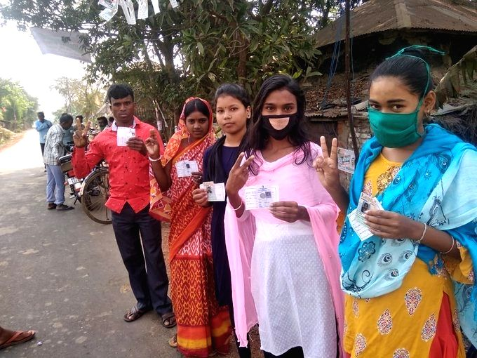 Crucial Bengal polls underway in 30 assembly seats. (Credit: Twitter/TMC)