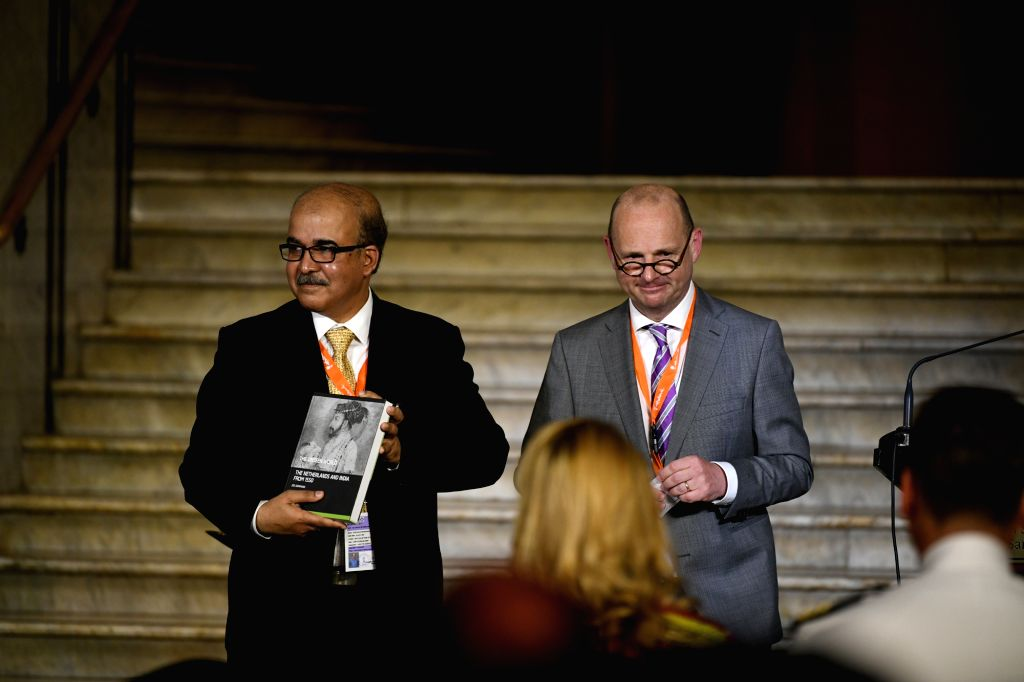 CSMVS Director-General Sabyasachi Mukherjee and Leiden University Prof. Jos Gommans during the inauguration of a first ever collaborative exhibition titled 'India & The Netherlands in the ... - Director-General Sabyasachi Mukherjee