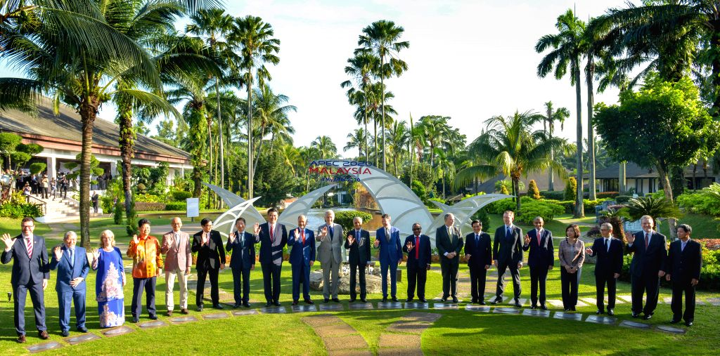 CYBERJAYA, Dec. 4, 2019 - Malaysian Prime Minister Mahathir Mohamad and the delegates from APEC member economies take a group photo in Cyberjaya, Malaysia, Dec. 4, 2019. Malaysia will promote the ... - Mahathir Mohamad