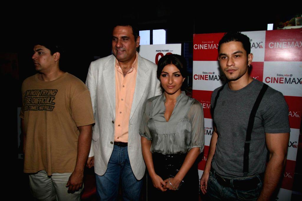 Cyrus Brocha, Boman Irani, Soha Ali Khan and Kunal Khemu at special screening of film 99 at Cinemax. - Cyrus Brocha and Boman Irani
