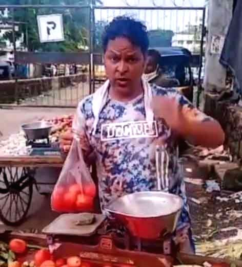 'Dabangg 3' actor Javed Hyder snubs rumours that he has turned a vegetable vendor. - Javed Hyder