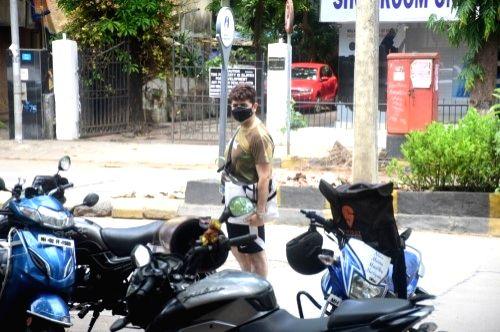 Dabboo Ratnani Spotted at Bandra On Sunday, 23 may, 2021.