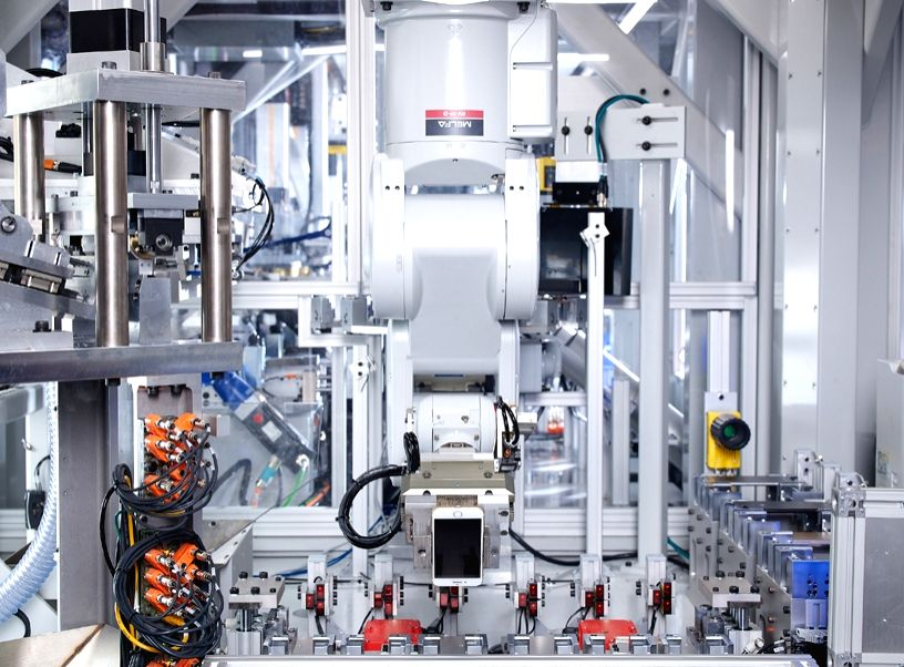 Daisy, Apple's recycling robot, will now disassemble used iPhones returned to Best Buy in the US and KPN in the Netherlands. (Photo Credit: Apple)