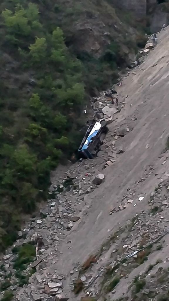 Dalhousie: The private bus that fell into a gorge near Panjpula in Himachal Pradesh's Dalhousie killing six persons on April 27, 2019. (Photo: IANS)