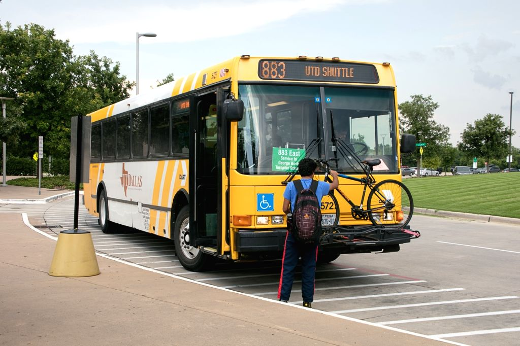 DALLAS (U.S.), June 27, 2017 A student prepares to take the university bus after being evacuated due to a bomb threat that turned out to be a hoax in Dallas, the United States, on June ...