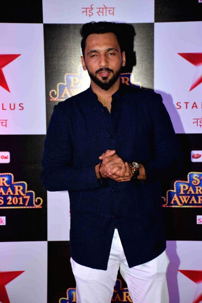 Dancer Punit Pathak during the red carpet of Star Parivaar Awards 2017 in Mumbai on May 13, 2017. - Punit Pathak