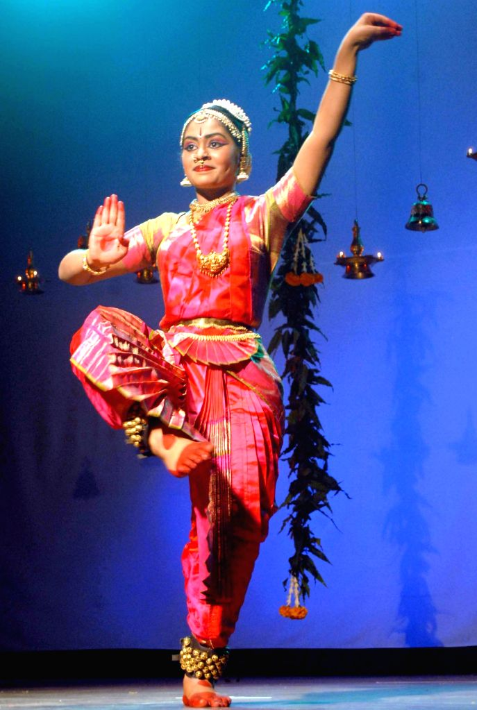 "Dancer Vanditha Prakash performs Bharatanatyam during ""Rangapravesham"" programme  organised by Shivoham school of performing arts, in Bangalore on Dec. 7, 2013."