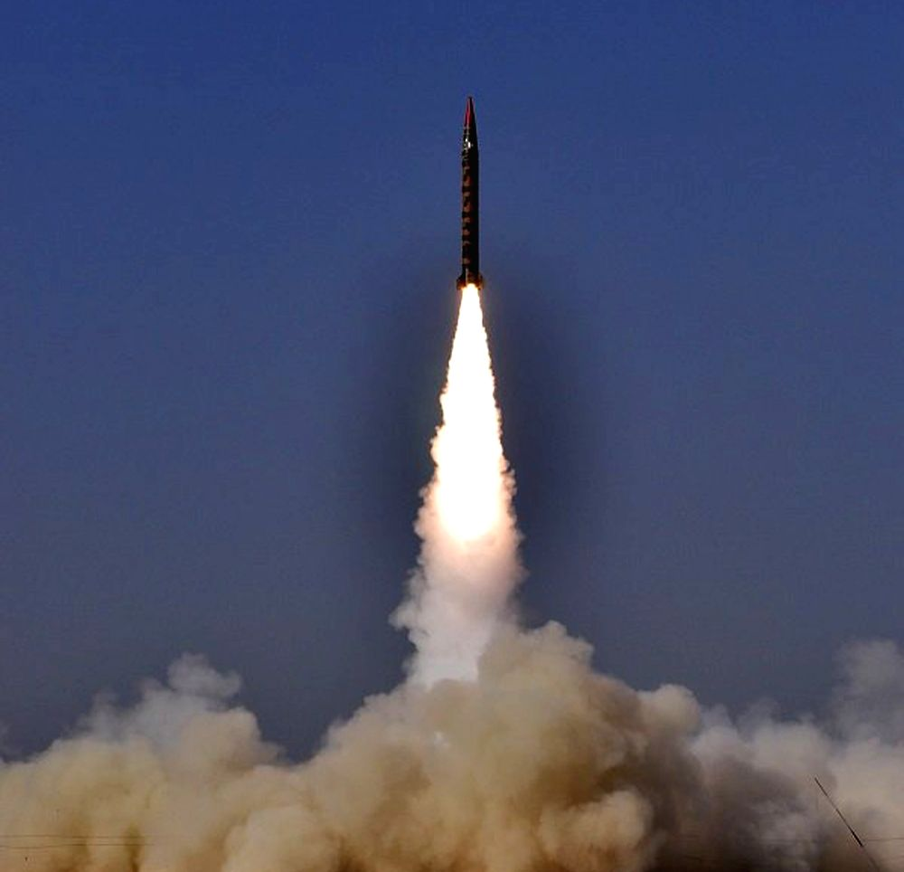 Danger of Pakistan nuclear assets landing with rogue elements
