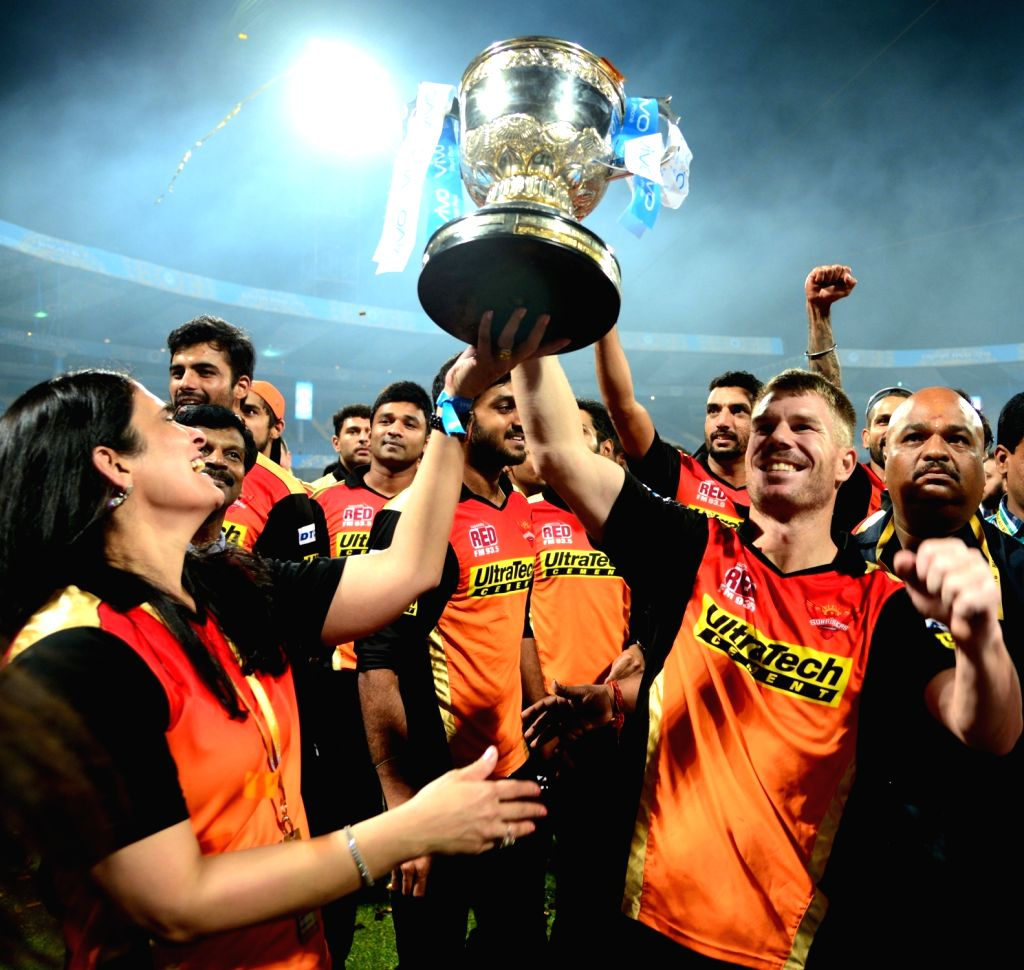 David Warner of Sunrisers Hyderabad with the IPL 2016 trophy during the presentation ceremony organised after the final match of IPL 2016 at M Chinnaswamy Stadium in Bengaluru, on May 29, ...