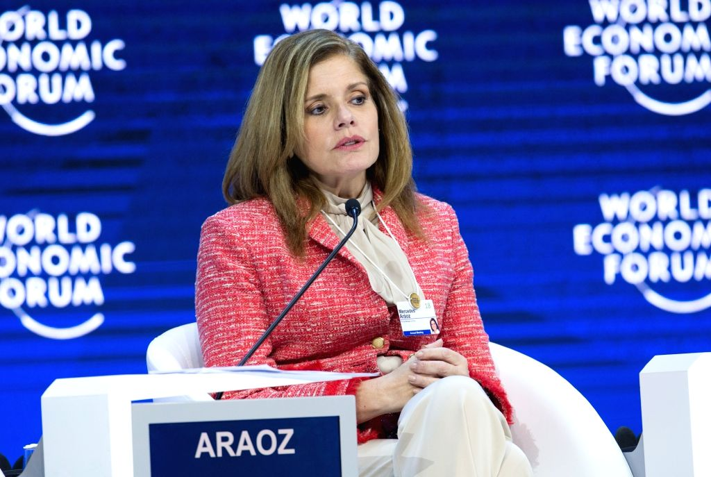 DAVOS, Jan. 24, 2018 - Peruvian Prime Minister Mercedes Araoz attends a plenary session on E Commerce during the 48th annual meeting of the World Economic Forum (WEF) in Davos, Switzerland, Jan. 24, ... - Mercedes Araoz