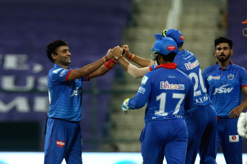 DC win toss, choose to bat against KXIP