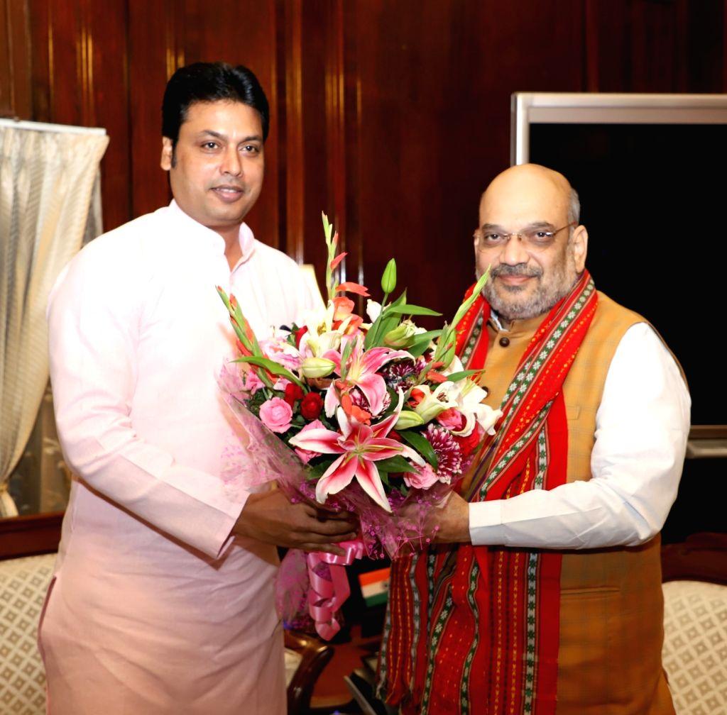 Deb urges Shah to expedite chit fund cases probe. (Photo: IANS/PIB)