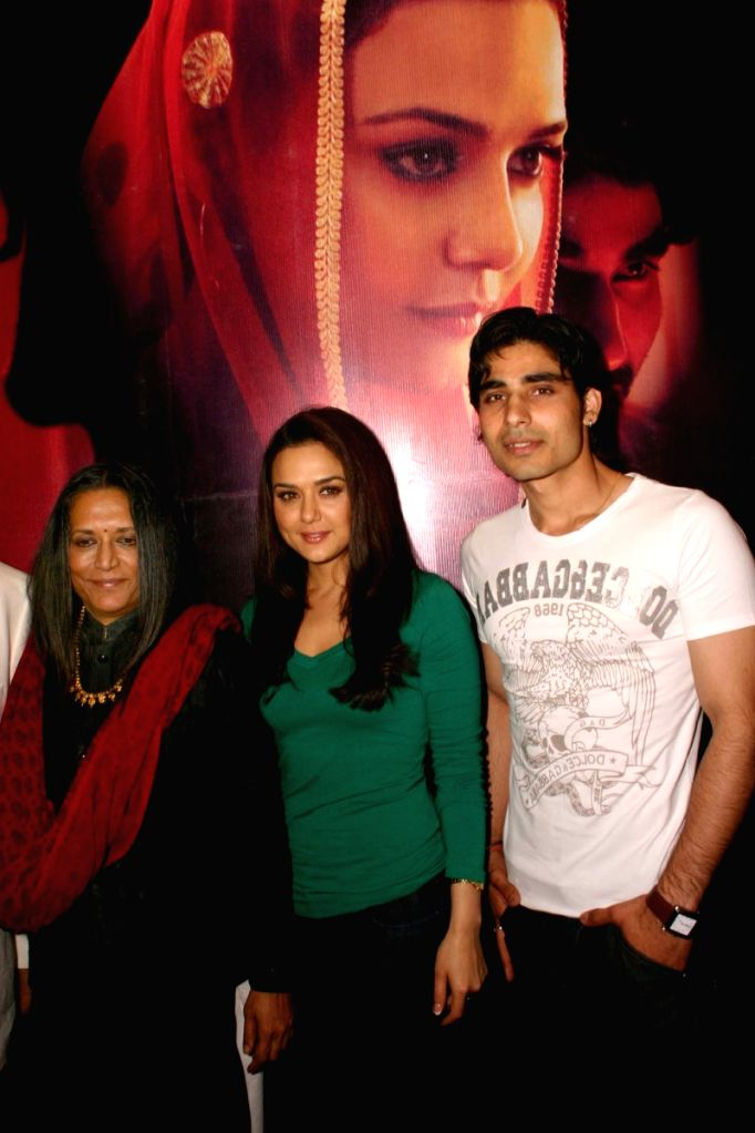 "Deepa Mehta, Preity Zinta And Vansh Bhardwaj  at a press meet for promotion of  her new film "" Videsh-Heaven on Earth"",in New Delhi on Friday"