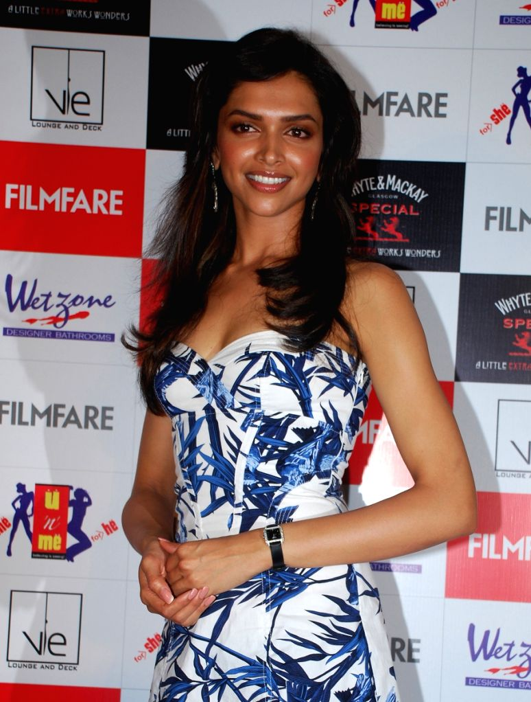 Deepika Padukone arrives at the launch of movie mag Filmfare's April Issue in mumbai last night.  Deepika graces the cover of the issue this month...pic taken 20th night.