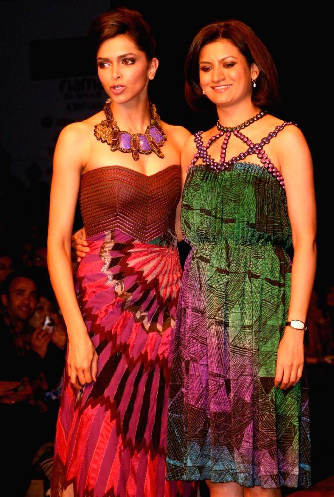 Deepika Padukone on the ramp for Designer Rana Gill at Wills Lifestyle India Fashion Week 2009 in New Delhi on March 21. - Deepika Padukone