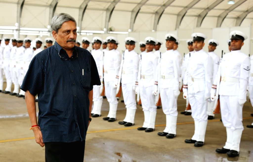 Defence Minister Manohar Parrikar inspects the ceremonial Guard of Honour at INS Rajali near Chennai on Nov. 13, 2015.