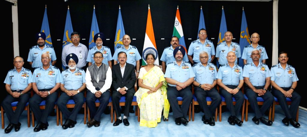 Defence Minister Nirmala Sitharaman with MoS Subhash Ramrao Bhamre, Chief of the Air Staff Air Chief Marshal B.S. Dhanoa, the Air Force Commanders and senior officials of Ministry of ... - Nirmala Sitharaman