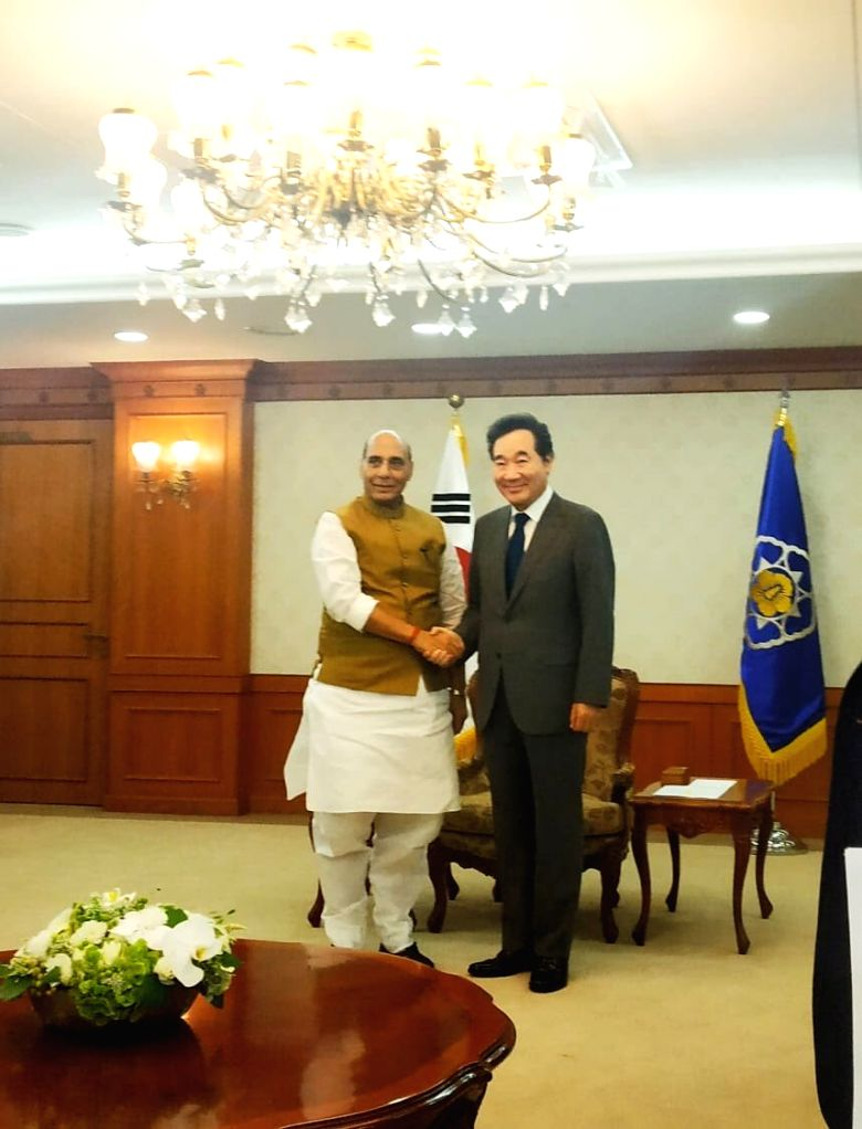 Defence Minister Rajnath Singh meets South Korean Prime Minister Lee Nak-Yon in Seoul, South Korea on Sep 4, 2019. - Rajnath Singh
