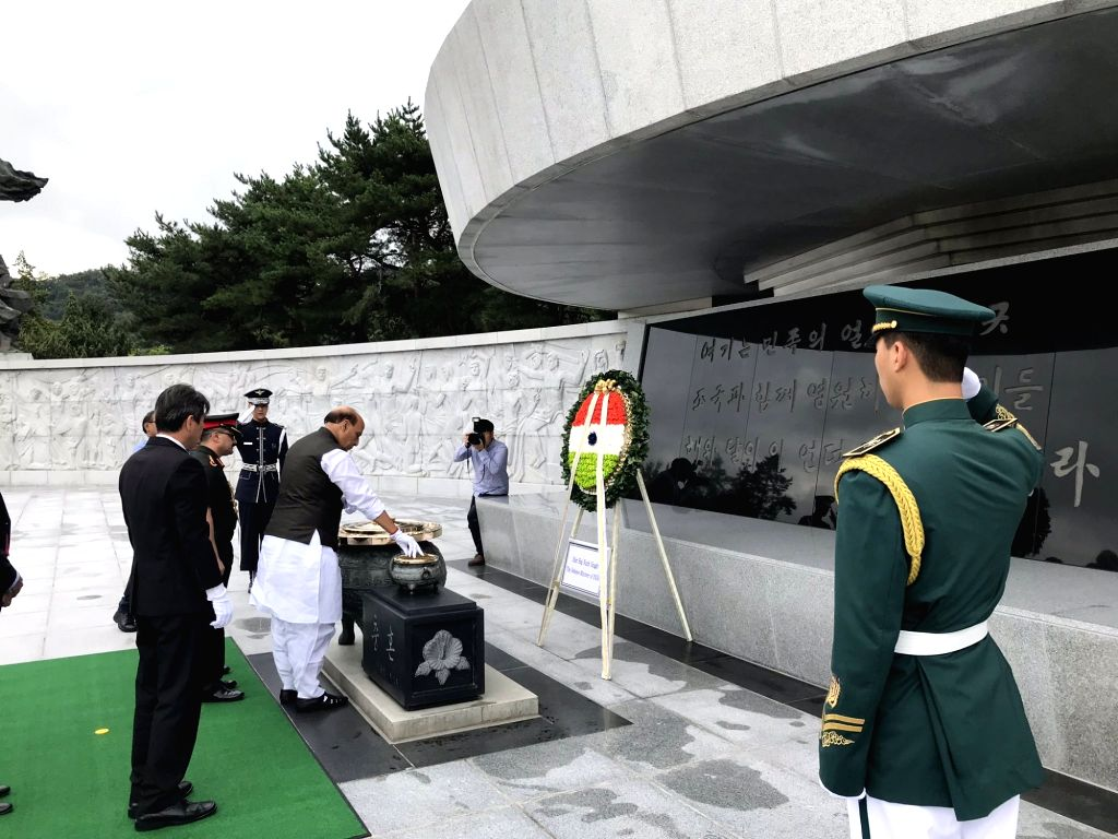 Defence Minister Rajnath Singh pays tributes at the National Cemetery in Seoul, Republic of Korea on Sep 5, 2019. - Rajnath Singh