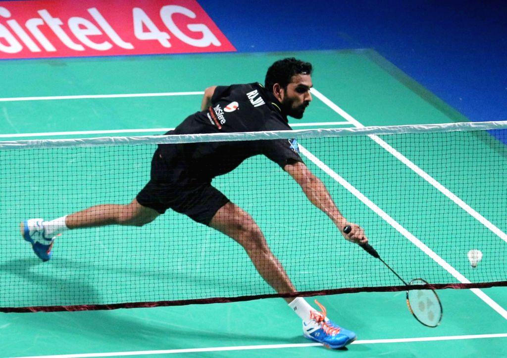 Delhi Acers' Rajiv Ouseph in action against RMV Gurusaisdutt of Mumbai Rockets during Premier Badminton League final match in New Delhi, on Jan 18, 2016. Delhi Acers won.