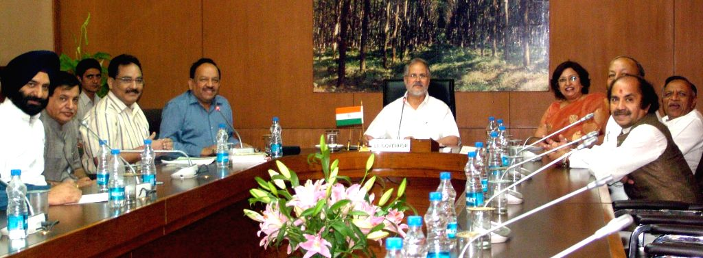 Delhi BJP chief Harsh Vardhan during a meeting with Delhi Lt. Governor Najeeb Jung in New Delhi on May 6, 2014.