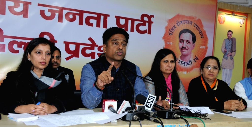 Delhi BJP Gen. Secretary Kuljeet Singh Chahal with South Delhi Mayor Kamaljeet Sehrawat, North Delhi Mayor Preeti Aggarwal and East Delhi Mayor Neema Bhagat addresses a press conference in ... - Kuljeet Singh Chahal