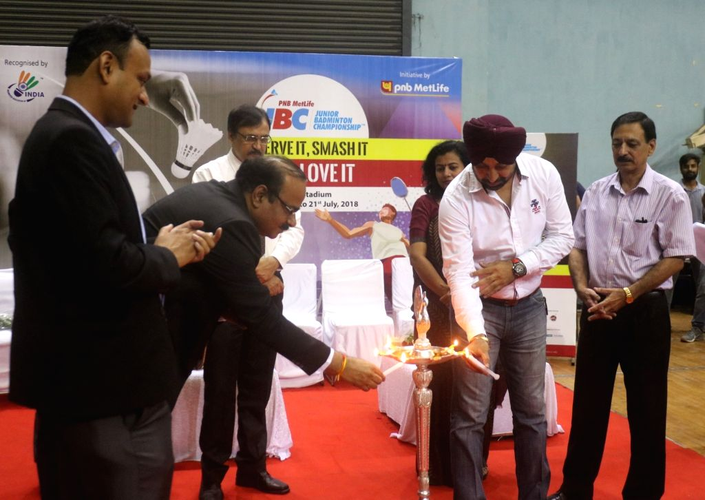 Delhi Capital Badminton Association (DCBA) Vice President Uman Chopra, senior umpire Apinder Sabharwal and others during PNB Metlife Junior Badminton Championship, in New Delhi on July 17, ... - Uman Chopra