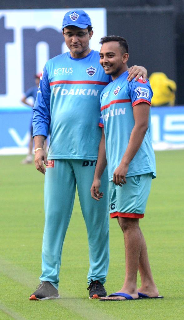 Delhi Capitals' Prithvi Shaw and advisor Sourav Ganguly during a practice session in Kolkata on April 11, 2019. - Sourav Ganguly