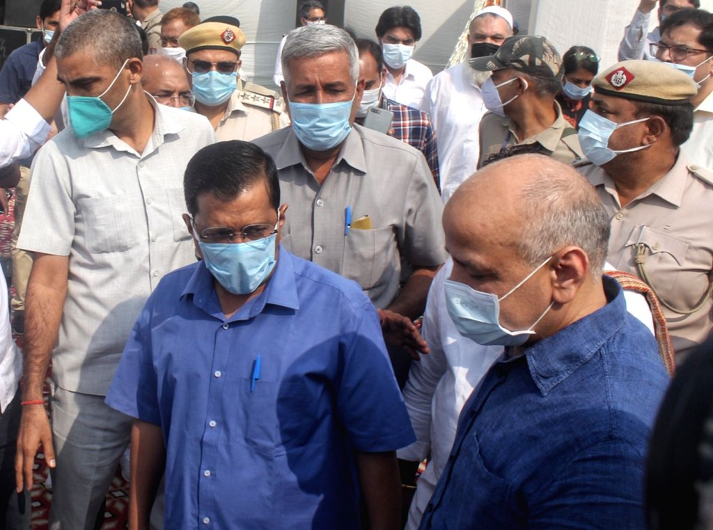 Delhi Chief Minister Arvind Kejriwal and Deputy Chief Minister Manish Sisodia at the inauguration of the Waste to Power Plant at Poultry Market Ghazipur in New Delhi on Oct 27, 2020. - Arvind Kejriwal