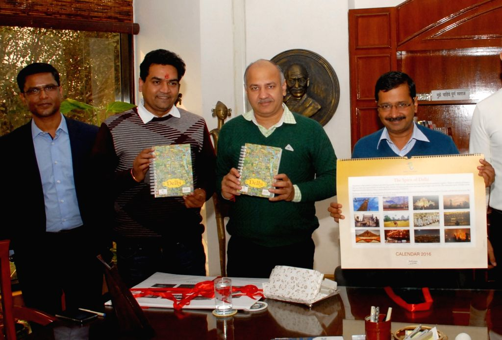 Delhi Chief Minister Arvind Kejriwal and Deputy Chief Minister Manish Sisodia launch Delhi Tourism Department's Calendar and Diaries in New Delhi, on Jan 18, 2016. - Arvind Kejriwal