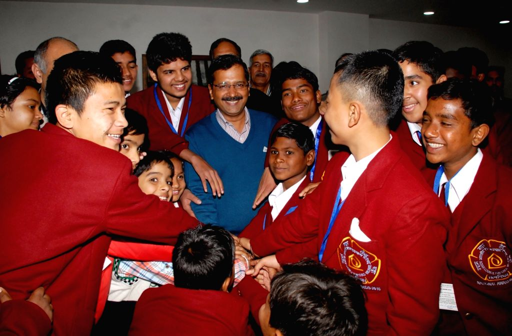 Delhi Chief Minister Arvind Kejriwal and Deputy Chief Minister Manish Sisodia during a programme organised to felicitate the Winners of the National Bravery Awards - 2015 in New Delhi, on ... - Arvind Kejriwal