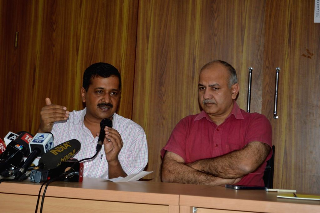 Delhi Chief Minister Arvind Kejriwal and Deputy Chief Minister Manish Sisodia during a press conference in New Delhi on Oct 22, 2016. - Arvind Kejriwal
