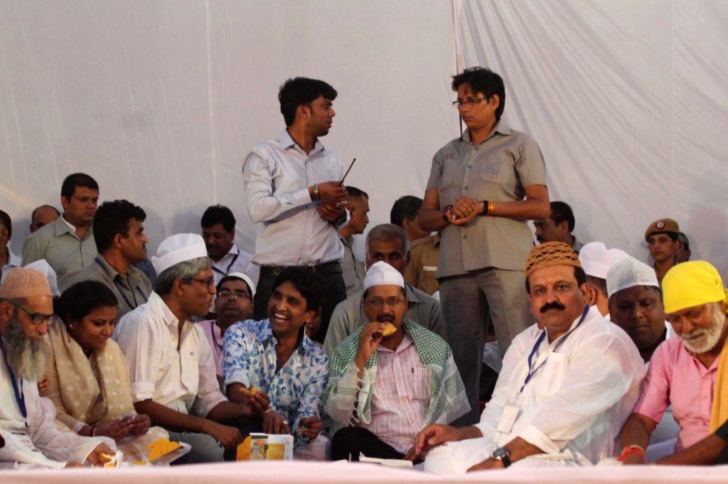 Delhi Chief Minister Arvind Kejriwal during an Iftaar party in New Delhi on June 24, 2016. Also seen AAP leaders Rakhi Birla, Ashutosh and Kumar Vishwas. - Arvind Kejriwal