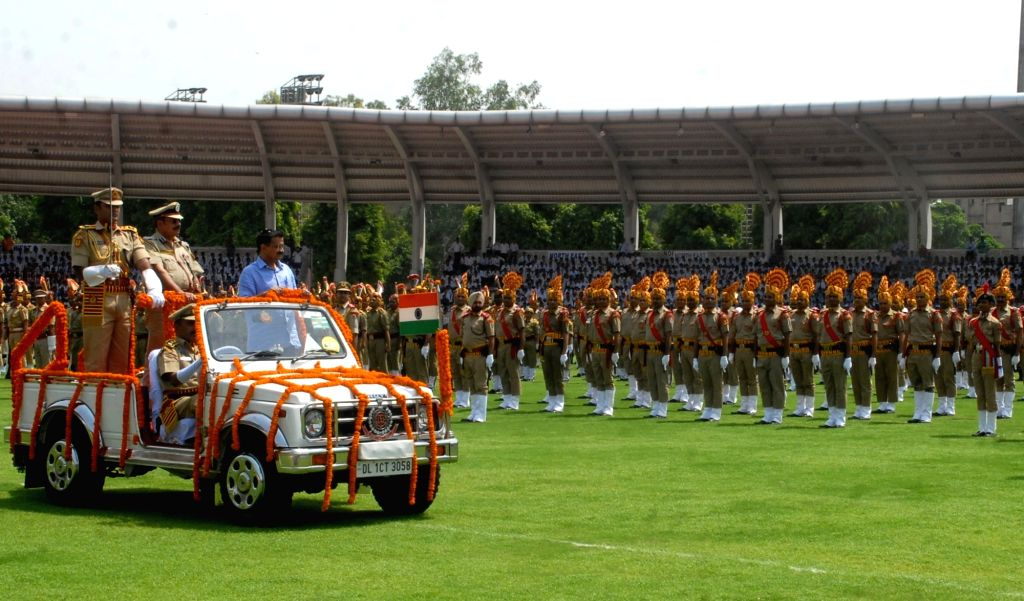 Delhi Chief Minister Arvind Kejriwal inspects Guard of Honour during Independence Day parade in New Delhi on Aug 15, 2016. - Arvind Kejriwal