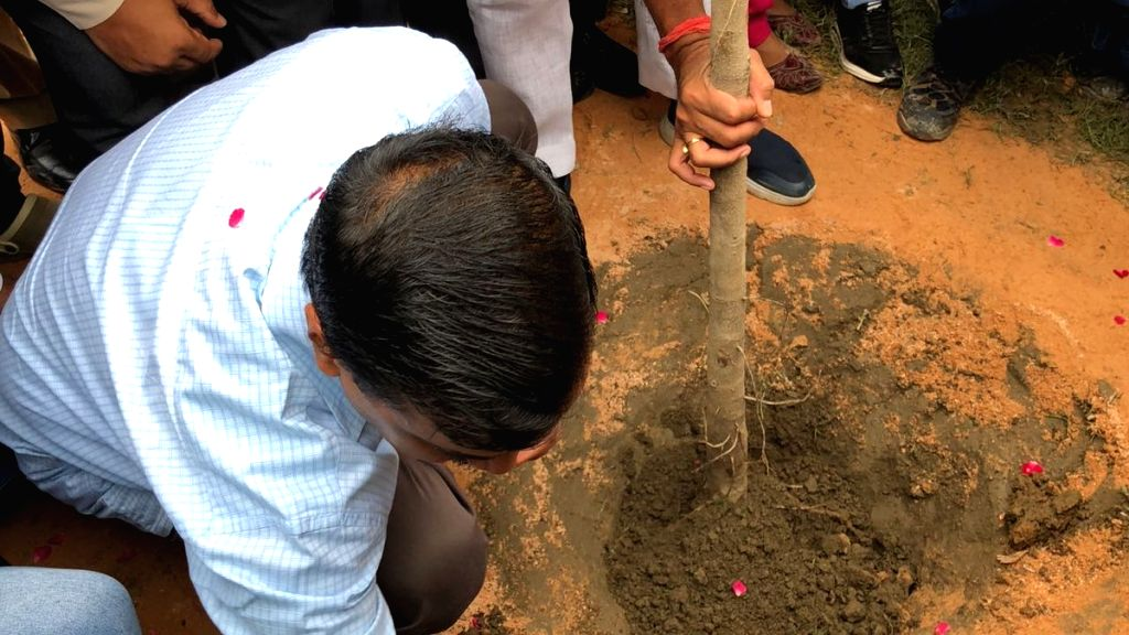Delhi Chief Minister Arvind Kejriwal participates in a mass plantation drive at Garhi Mandu, in New Delhi on Sept 7, 2018. Kejriwal launched the drive to increase the green cover and to ... - Arvind Kejriwal
