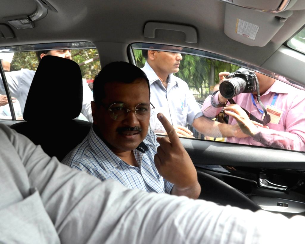 Delhi Chief Minister Arvind Kejriwal shows his forefinger marked with indelible ink after casting vote during the sixth phase of 2019 Lok Sabha elections, in New Delhi on May 12, 2019. - Arvind Kejriwal