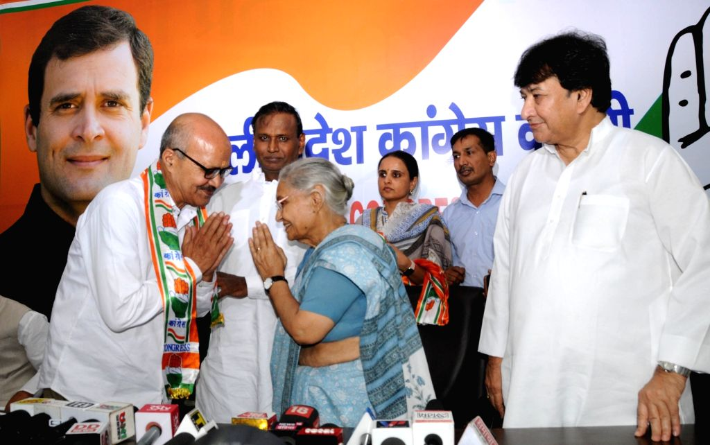 Delhi Congress President Sheila Dikshit and Working President Haroon Yusuf during a press conference at the party's headquarter, in New Delhi on May 4, 2019. - Sheila Dikshit
