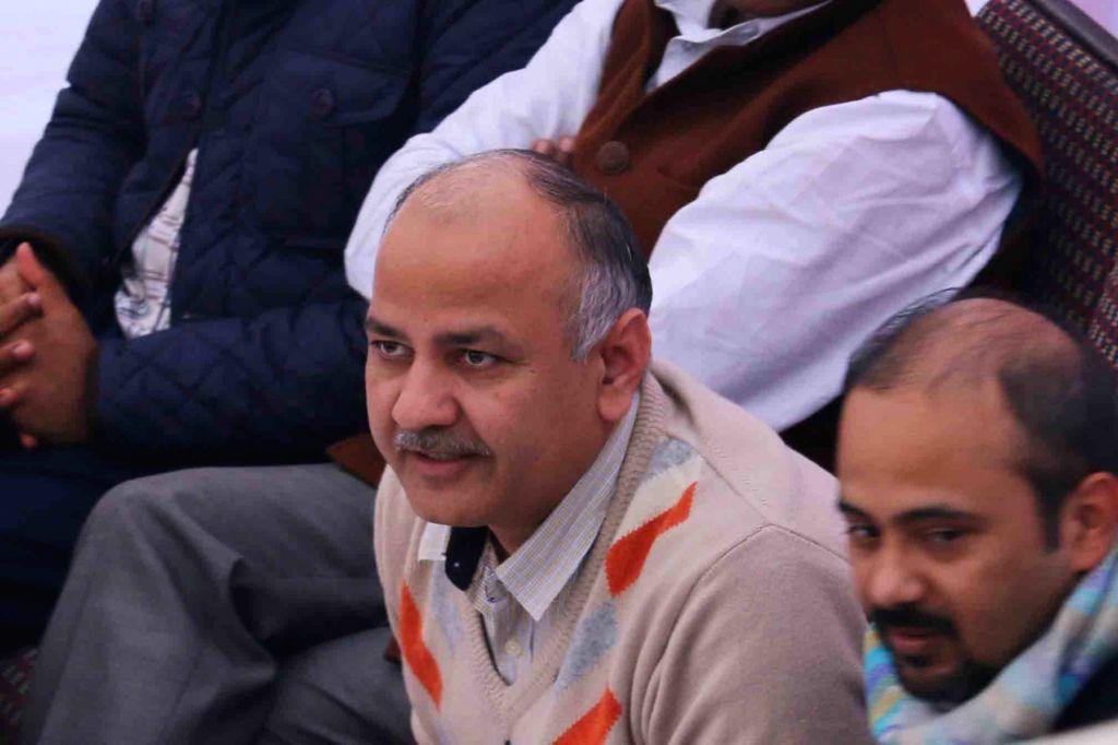 Delhi Deputy Chief Minister Manish Sisodia oversees dismantling of Bus Rapid Transport corridor in Madangir of New Delhi on Jan 19, 2016. - Manish Sisodia