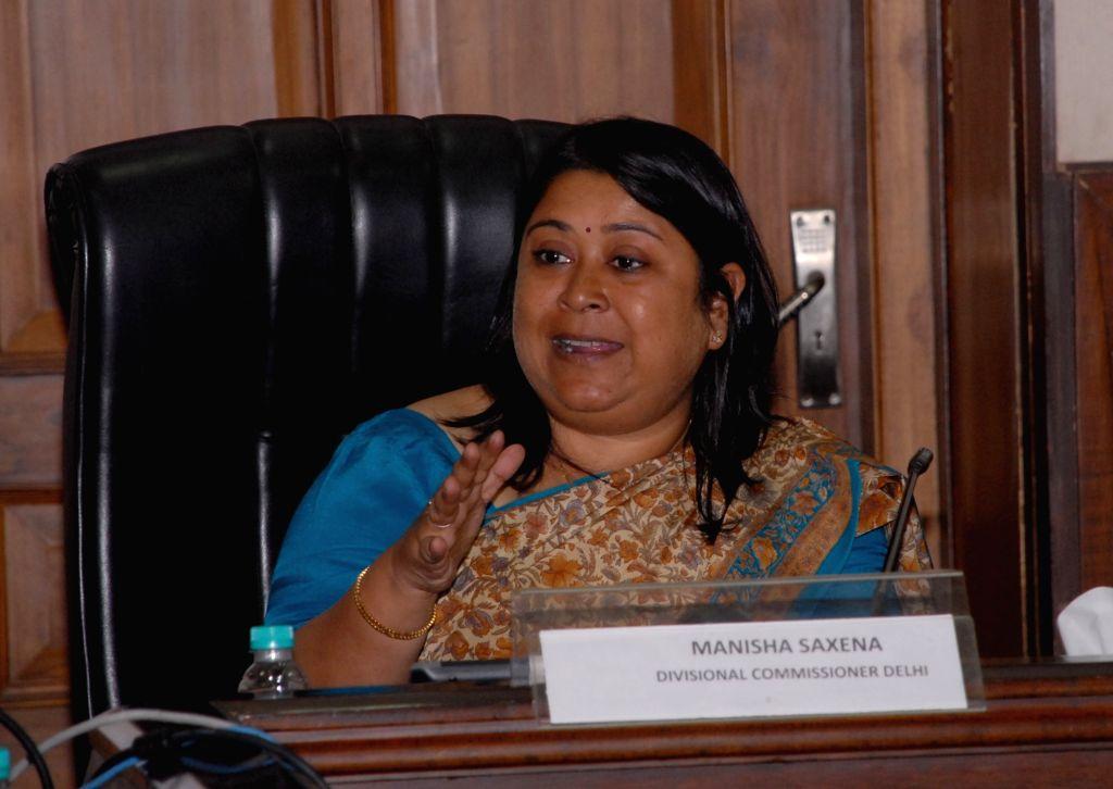 Delhi Divisional Commissioner Manisha Saxena addresses a press conference in New Delhi, on Oct 12, 2017.